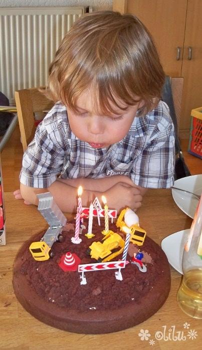 Backen Geburtstagskuchen Und Torten Zum Dranhaengen Seite 14